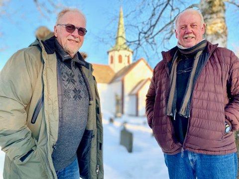 KLARE FOR KONSERT: For 45. gang er Ole André Torp (til venstre) og Hans Petter Erstad klare for julekonserter i Lunner kirke.