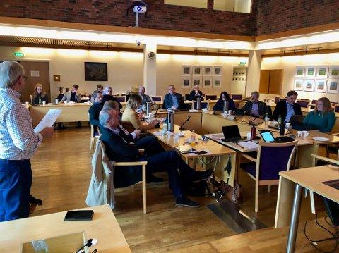 FÅR BESTÅ: Alt tyder på at nye Viken og Innlandet fylker vil videreføre regionsamarbeidet på Hadeland.
