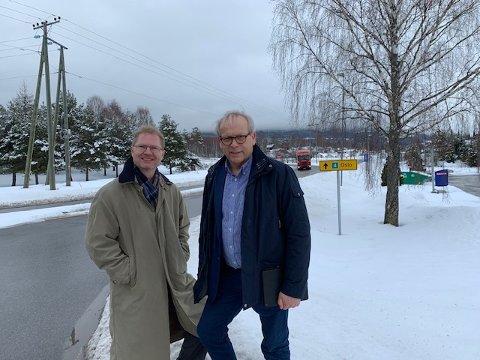 MØTTES: Tor Andre Johnsen (Stortingsrepresentant for Frp) og ordfører i Gran, Willy Westhagen (Gran Bygdeliste).