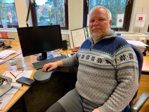 MÅ BYGGES: Finn Hvalsbråten mener det må bygges nytt sykehjem i Gran, både av hensyn til ansatte og beboere.