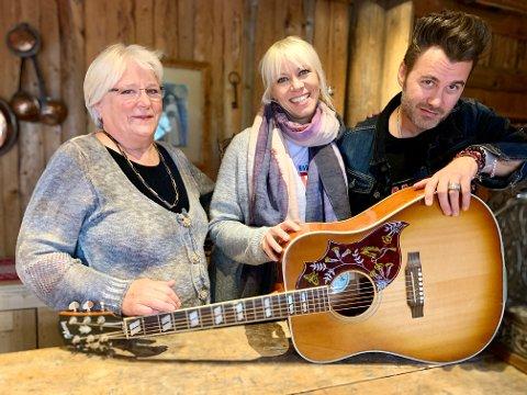 MAT OG MUSIKK: Vigdis Braastad, Marian Aas Hansen og Zelimir Kulisic inviterer til musikalsk middag hver måned framover.