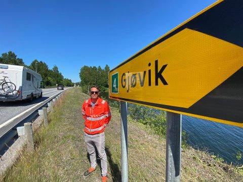 SMALERE SKULDRE: Planleggingsleder Jon Rabben Lundby i Statens vegvesen ser lyst på at departementet åpner for smalere vegskuldre på nye riksveg 4.