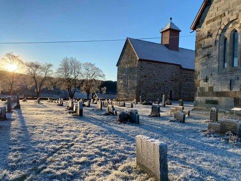 STEMNING: Dette bildet av Søsterkirkene på Granavollen er tatt julaften klokka 11.15.