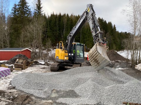 FUNDAMENT: Her jobbes det med fundamentet til Helgeland bru.