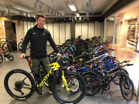 SYKKEL: Nils Arne Morka har begynt med sykkelsalget tidligere enn vanlig.