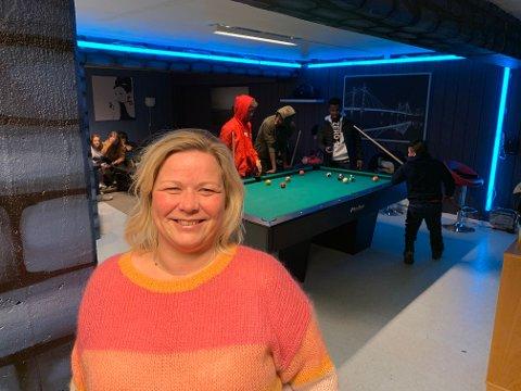 ÅPNER FOR UNGDOMMEN: Veronica Stokkvold er svært glad for at de endelig kan åpne opp for ungdommen.
