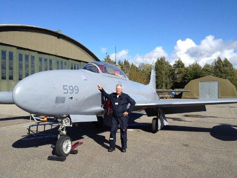 SKAL FLY OVER RINGERIKE: Rolf Meum i Flyvåpenets historiske skvadron.