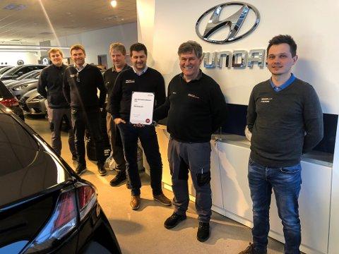 BEST: Denne gjengen er best på service i Norge, mener Hyundai Norge. Fra venstre: Magnus Brænden, Stig Brænden, Erik Jonassen, Håvard Sponbråten, Halvor Haakenstad og Trond Lindstad.