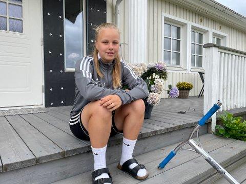 SKOLE: Henriette Thomassen fra Kalvjø er av mange unge skoleelever som i disse dager forbereder seg på flytting for første gang.