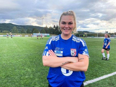 LOKALOPPGJØR: Iselin Nitter (27) debuterte mandag som Lunnerspiller i lokaloppgjøret mellom Lunner/Harestua og Hadeland KFK i Gran idrettspark.