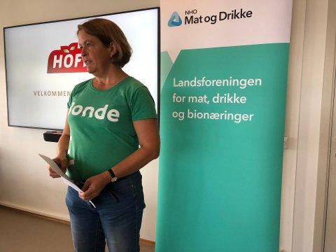 STILLER KRAV: – Vi har klare forventningene til de som får makten etter valget, sier leder av Innlandet Bondelag, Elisabeth Gjems.