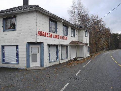 NÅ: Etter at svenskehandelen snudde og virksomheter ved jernbanen forsvant, så ble butikken stengt i september 2012.