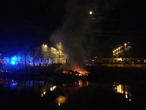TENTE PÅ : Plastsnekka gutten tente på ble totalskadd i brannen ved Tista.