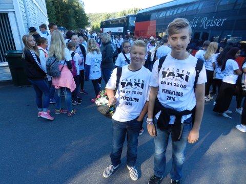 HELIXFANS - Bra tiltak, mener Tobias Berg (tv) og Daniel Borvik.