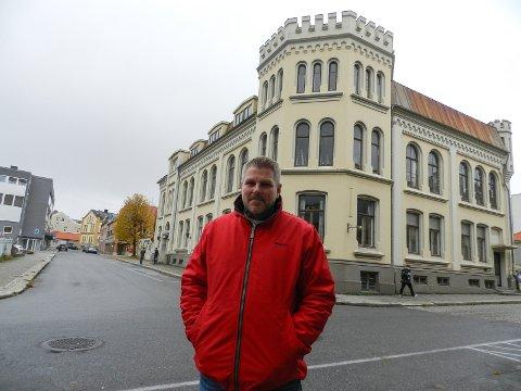 KLAR FOR BOLIGSATSING: Dan Levi Berg-Nilsen har hele tiden vært innstilt på å finne en løsning med Halden kommune for overtakelse av Samfundet. Hvis de ikke ønsker det, er han klar på at det blir boliger på stedet.