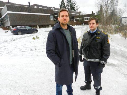 I HALDEN: Tobias Santelmann (t.v.) og Benjamin Helstad spiller brødre og politimenn i TV2-serien Grenseland. De ble godt kjent i Halden under den åtte måneder lange innspillingen.