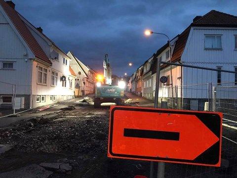 STENGT: Hannibal Sehesteds gate på Os er stengt.