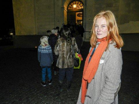 SPENT: Cecilie Jørstad på vei inn Immanuels kirke.