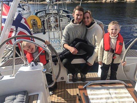 SNART KLARE: Familien Fagerli selger unna alt de har for å dra på jordomseiling. Fra venstre: Bendik, Øystein, Annette og Milian Fagerli.