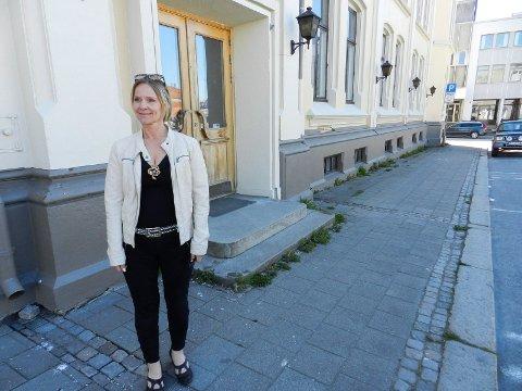 VIL IKKE: Marita Rognøy i Halden kulturråd sier de skal konsentrere seg om den levende kulturen i Halden og ikke en stor bygningsmasse, som Samfundet er.
