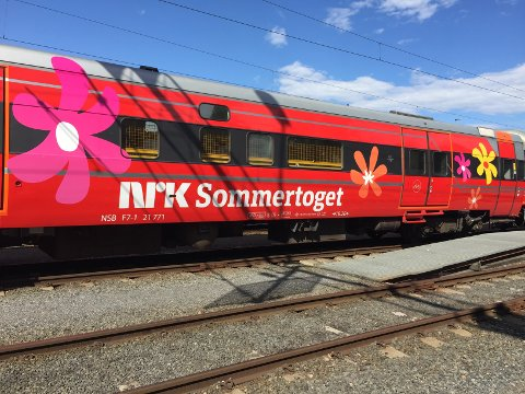 PÅ KRYSS OG TVERS: I år tar Sommeråpent Sommertoget. Lørdag 19. august kommer toget til Halden og Kornsjø før det returnerer og avslutter årets rute i Sarpsborg.