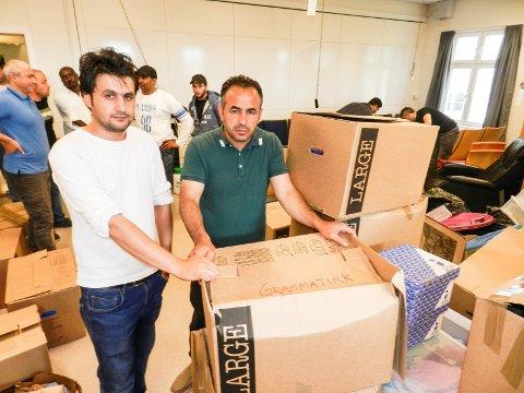PÅ FLYTTEFOT: Lokalene er fine, men Shervan Sulaiman (tv) og Adel Hassan er også opptatt av utfordringene som kommer i forbindelse med at opplæringstilbudet deres har blitt flyttet ut av sentrum og til Risum.
