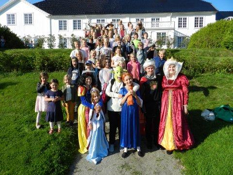 FORVENTNINGSFULLE: Lørdag er det klart for Et sensommernattseventyr for 10. året på rad ved Rød Herregård.