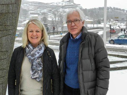 REKORDÅR:Sparebank1stiftelsen delte ut rekordmye penger i 2017. Her representert ved Kjell Hagen og Lisa Gustavsen.
