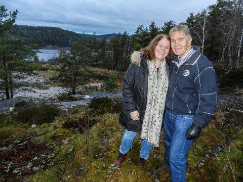 UTBYGGING: – Med utbyggingen her kan det bli en fordobling av innbyggertallet på Fagerholt, mener Ellen Angelov Samuelsson og Bjørn Holm-Johansen.