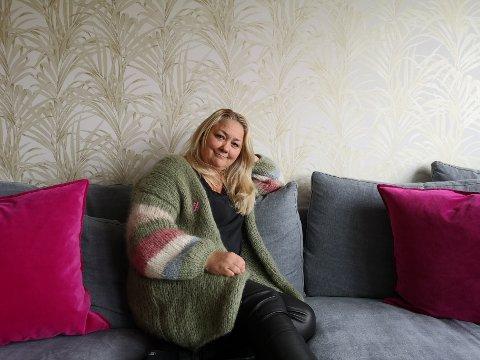 FRISK, MEN IKKE FRISK: Gry Jonassen fikk brystkreft i 2005. I dag er hun kreftfri, men sliter med senskader. Det gjør at hun ikke kan jobbe lenger.