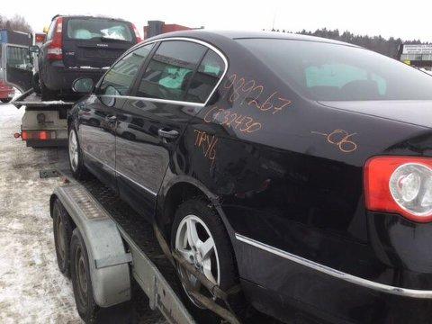 MERKET: Bilen som forsvant var en 2006 modell med oransje tekst på baksiden.