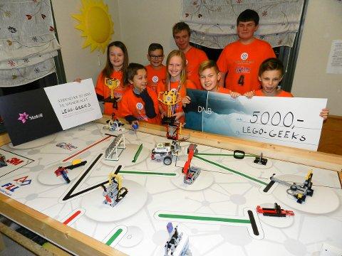 Lego Geeks fra Frelsesarmeen i Tistedal gikk av med Østfold-seieren i First Lego League og skal til København neste helg.