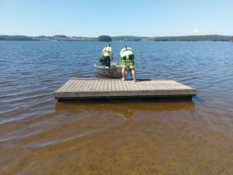 KLARE: Badeflåtene er lagt ut ved Store Erte, Kruseter og Vanninga.