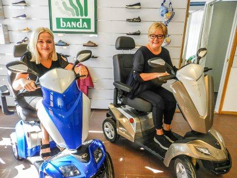 STØ KURS: Butikksjef Linn Hedvig Fosdahl og daglig leder Hilde Fosdahl hos Gerd Holms Eftf.