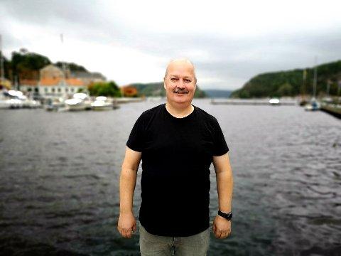 VIL HJELPE: Roger Asker åpner sin egen nettverksgruppe for spillavhengige i Halden, i regi av Spillavhengighet i Norge.