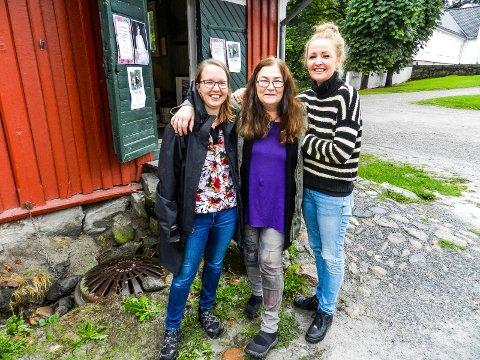 VELKOMMEN: De ønsker velkommen til årets høstmarked. Fra venstre: Marie Svendberg Eriksen, Kristin Søhoel og Ann-Cathrin De Vibe Vanay.