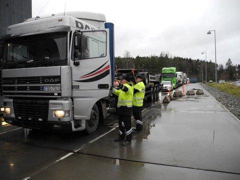 KONTROLL: Juksingen ble avslørt under kontroller på Svinesund. Arkiv.