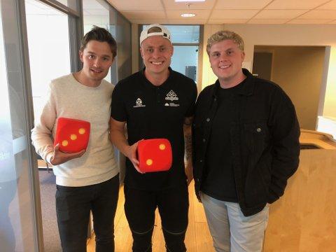 Ole Strømsborg (i midten) gjester Sportsprat. Ole Jacob Herft (tv) og Daniel Austerheim.
