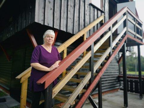 FLYTTET DRIFTEN HJEM: I flere år holdt Agnes Hermansen til i sentrum. Men for noen år siden flyttet hun driften hjem i stabburet på Buer. Det lønte seg.