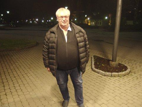 ILDSJEL: Egil Solheim har brukt sine organisatoriske evner og lagt ned utallige timer i dugnadsarbeid ved store arrangement. Lørdag blir ildsjelen med til nå 40 års fartstid på Saugbrugs, 60 år.