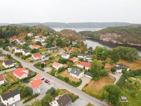 Haldenserne vil oppleve at eiendomsskatten går ned, men de fleste får likevel en økning på 300–400 kroner i totale kommunale gebyrer per kvartal. Dette har med den årlige økningen på vann – og avløpsgebyrene - samt økning i renovasjonsgebyret basert på alminnelig prisstigning.
