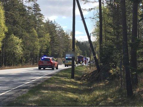 ULYKKESSTEDET: Trafikkulykken har skjedd her på fylkesveien 21 mellom Halden og Aremark like før Fjell bru.