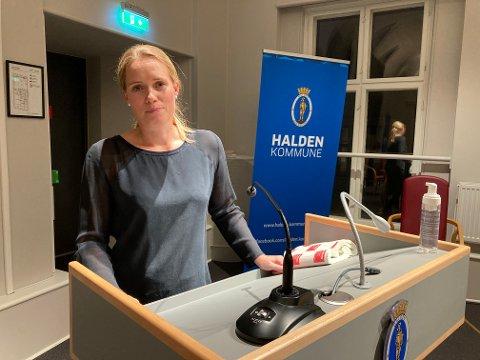 Direktør for helse og mestring, Veronica Aam, mener at regelverket for hvorvidt man får ta med seg bistand på ferie er likt i hele Norge.