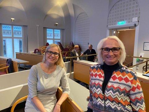 ENIGE: Linn Laupsa og Elin Lexander var samkjørte i argumentasjonen om hvorfor Halden kommune skal jobbe med heltidskultur.
