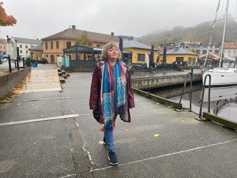"""Toril Brekke begynner å komme til hektene igjen etter flere års kamp for at moren skulle få den hjelpen hun trengte. Historien har inspirert henne til romanen """"Dement diamant""""."""