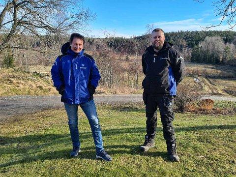 HINDRINGENE FJERNES: Kim Eriksen og Blomman Blomquist er veldig fornøyde med at grensen åpnes for dagpendlere.