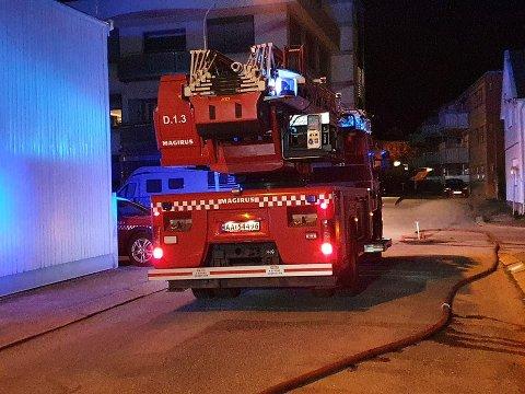 Kvinnen er tiltalt for to branner i Halden sentrum.