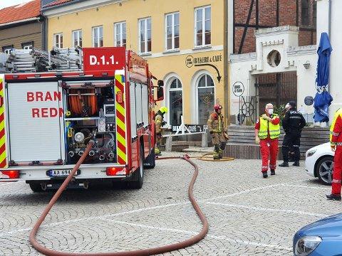 USIKKER FRAMTID: Den 12. mai oppsto det brann  hos Brød og Vann på Torget. Nå opplyser eierne at det er usikkert om bakeriet åpner igjen.