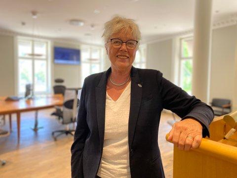 Ordfører Anne-Kari Holm er naturligvis svært fornøyd med at Senterpartiet ser ut til å gjøre et godt valg.