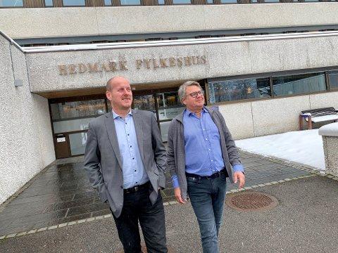 LIKESTILT: Fylkesråd Thomas Breen og personalsjef Terje Selnes i Hedmark fylkeskommune mener organisasjonen nå er likestilt.